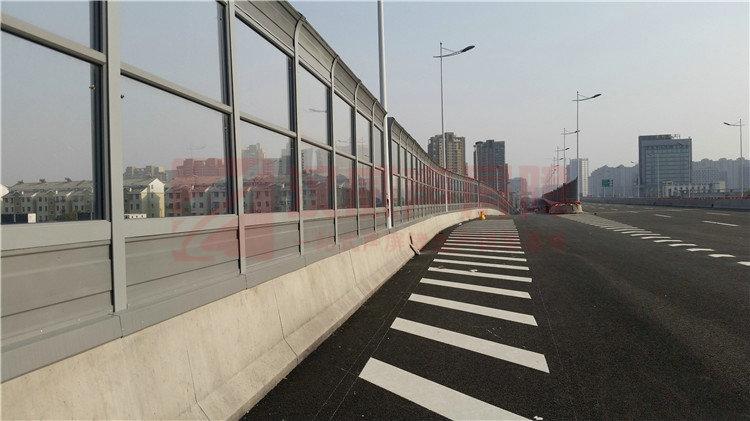 福建廈門橋梁插板式聲屏障