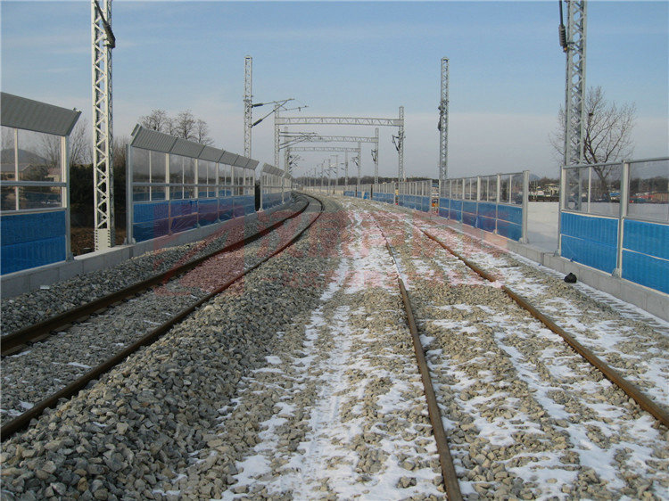 橋上整體弧型聲屏障