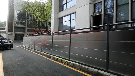 吉林白城高架無鉚焊式尖劈隔音墻